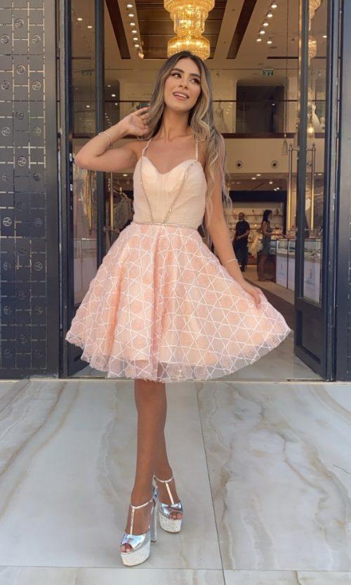 שמלות ערב קצרות